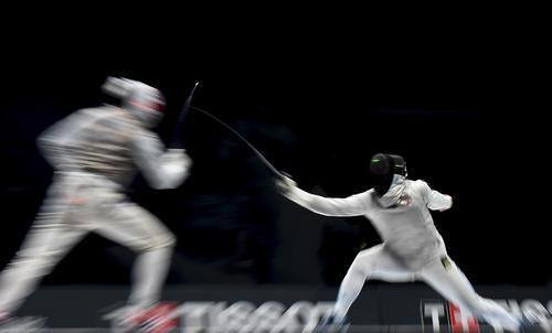 大奖娱乐官方网站_击剑世锦赛:意大利选手福科尼获得男子花剑冠军