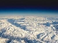英飞行员驾驶舱拍下壮丽美景令人赞叹