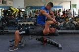 健身教练乱象:资质证书20余种 花钱可免试拿证