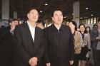 本次活动是在全国总工会倡导下,由自治区总工会会同北京市、天津市、河北省总工会,联合自治区人社厅、工商联和市委、市政府共同举办。活动设置了30个招聘专区,共1300多家企业为求职者提供3万多个就业岗位,有36个创新创业项目进行现场展示。