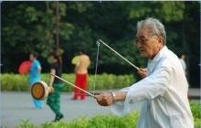 """老年人如何锻炼?要遵循""""轻、柔、慢、短""""原则"""