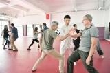 外国教师体验中国传统文化
