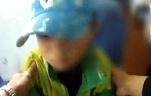 包头新闻网_妈妈提前下车 六岁男童被留车上