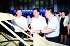 8月1日,新葡京市第一届军民融合成果展在国际会展中心开幕。自治区党委常委、市委书记张院忠宣布开幕。市委副书记、市长赵江涛致辞。