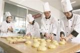 包头新闻网_【我们的节日•中秋】学厨艺 做月饼