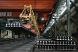 包钢钢轨铺设内蒙古首条地铁