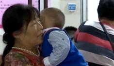 一岁婴儿久咳不愈 竟是肺部有粒花生米