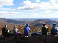 美国谢南多厄国家公园秋色如画