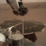 """""""洞察""""号让人类首次听到火星风声"""