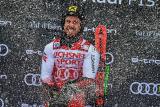 高山滑雪世界杯希尔斯赫摘得第60冠