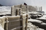 黄河壶口瀑布现冰挂景观