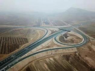 内蒙古首个PPP收费公路项目全线通车