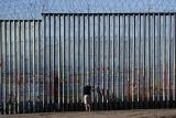 白宫幕僚预期美墨边境墙2020年修好
