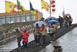 江苏南京:正月十六爬城头