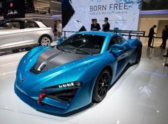 车市持续低迷 新能源车成汽车市场主动力