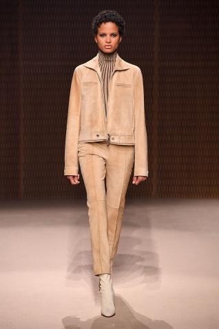 巴黎時裝周|-什么是铆工:愛馬仕品牌發布新品成衣