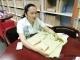 包头志愿者发明世界上首件盲人专用马甲
