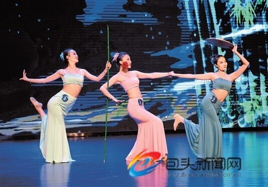 红色经典舞蹈演出