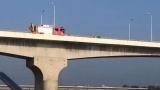 突发!今晨,一男子悄悄爬上黄河大桥......
