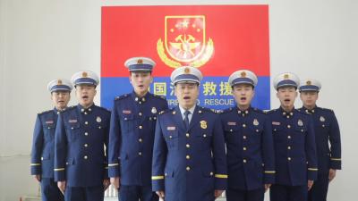 【只争朝夕 不负韶华】听他们讲春节坚守岗位的故事:他们穿着战斗服过除夕