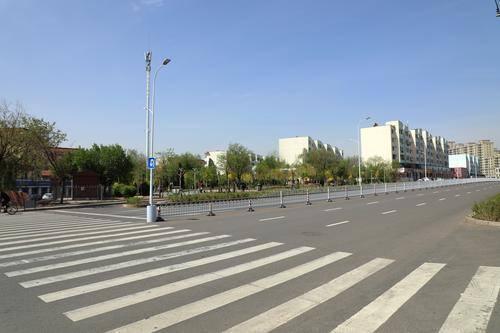 东河区:道路畅通了,百姓心顺了