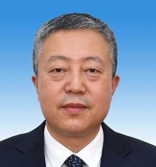 张锐,男,满族,1972年11月生,内蒙古赤峰人,大学学历,公共管理硕士,1993年4月加入中国共产党,1994年7月参加工作。现任包头市委副书记、市长,市政府党组书记。