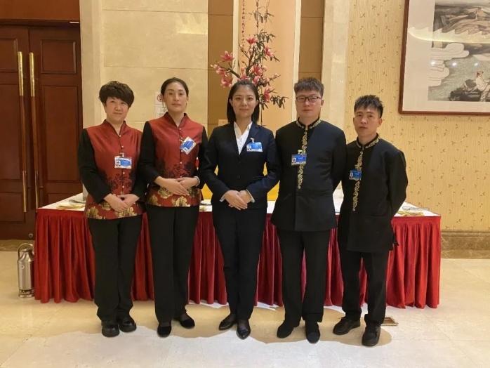 稀土国际大酒店精英团队再次出征全国两会,圆满完成服务保障任务!